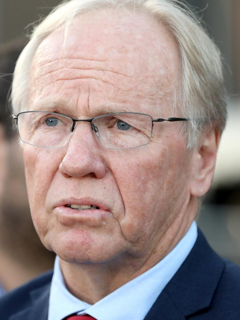 Peter Beattie said state border restrictions need to go. Picture: Damian Shaw