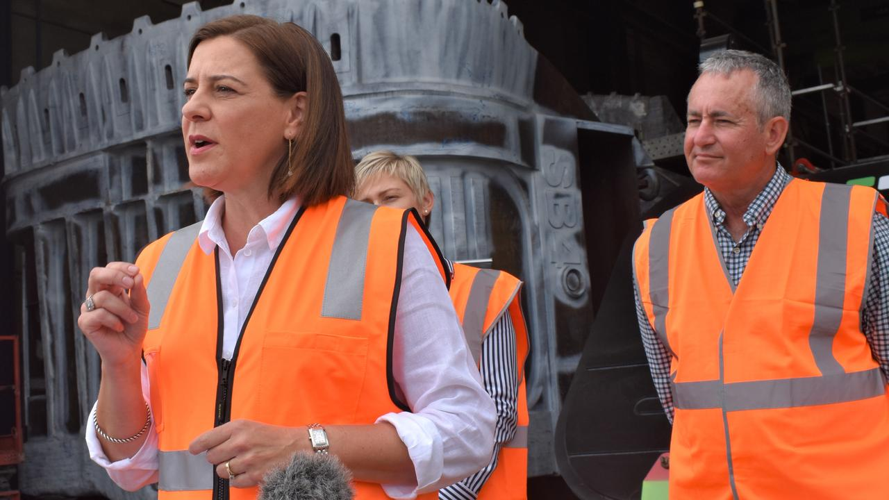 LNP leader Deb Frecklington with Mackay candidate Chris Bonanno at the Mainetec worksite at Paget on Tuesday October 27. Picture: Zizi Averill