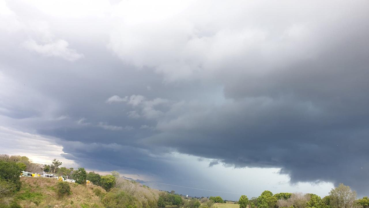 A thunderstorm rolls in over Gympie this afternoon – this picture taken at the Normanby Bridge.