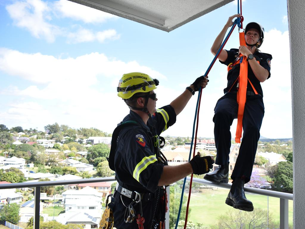 Queensland Fire and Rescue Technical Rescue Technicians participated in vertical rescue training at Aspire Ipswich on Thursday, October 29.