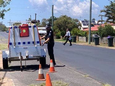 Detectives have stopped motorists along a Bundaberg street in an attempt to get vital information about the stabbing death of 36-year-old Lisa Hund on Friday. Photo: Mikayla Haupt.