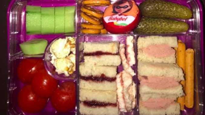Mum criticised for lunch box item