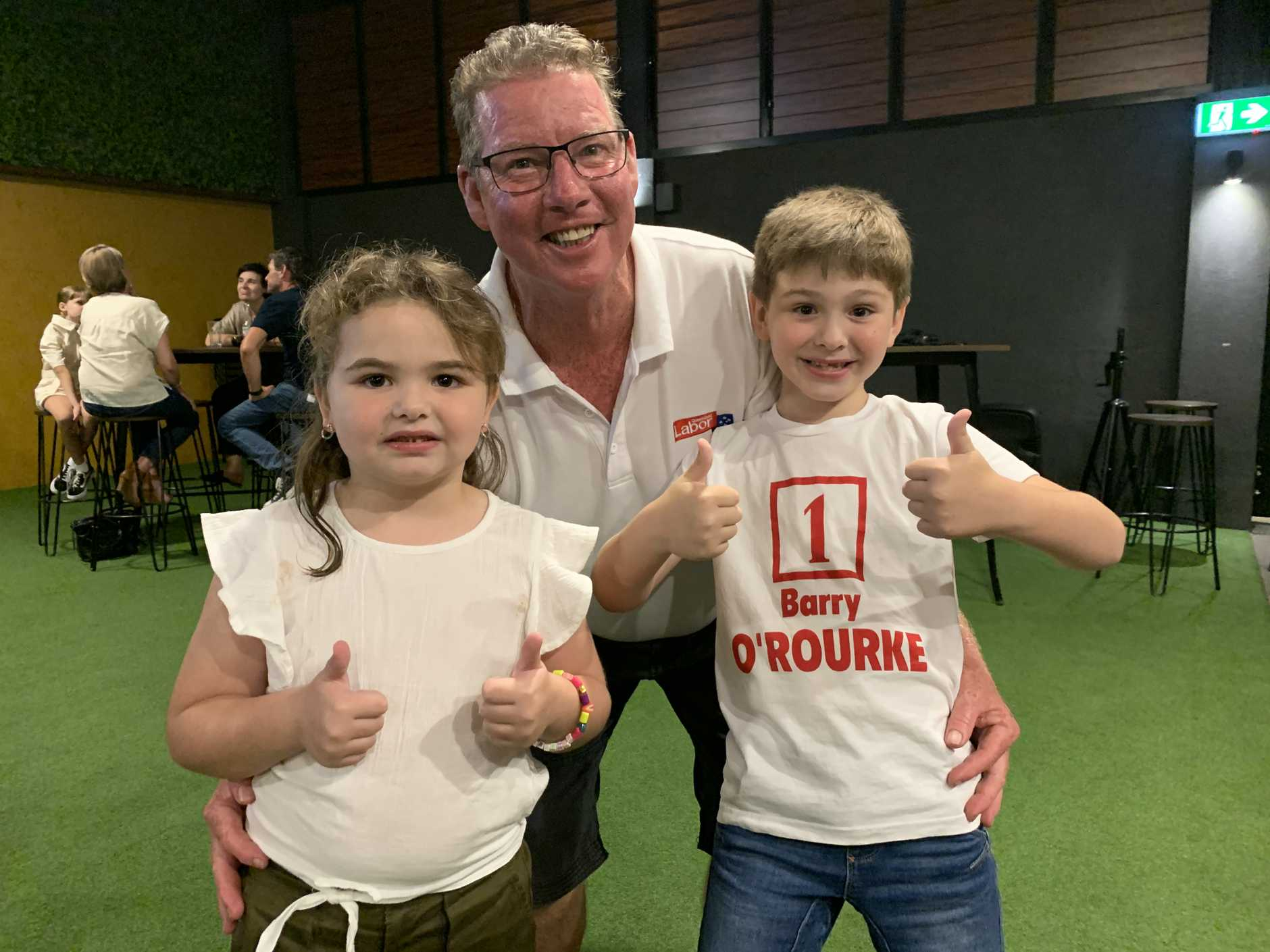 Labor's candidate Barry O'Rourke at the Red Lion with his grand kids Adelyde and Landyn Dwyer who he describes as his