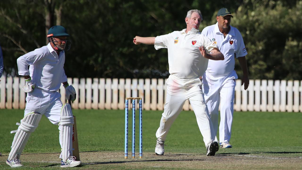 Lockyer/Ipswich bowler Jeff Evans