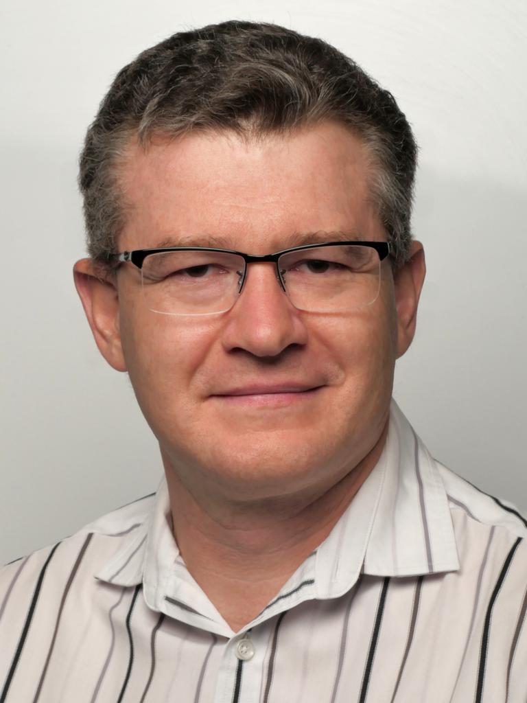 Associate Professor Dr Pierre Benckendorff.