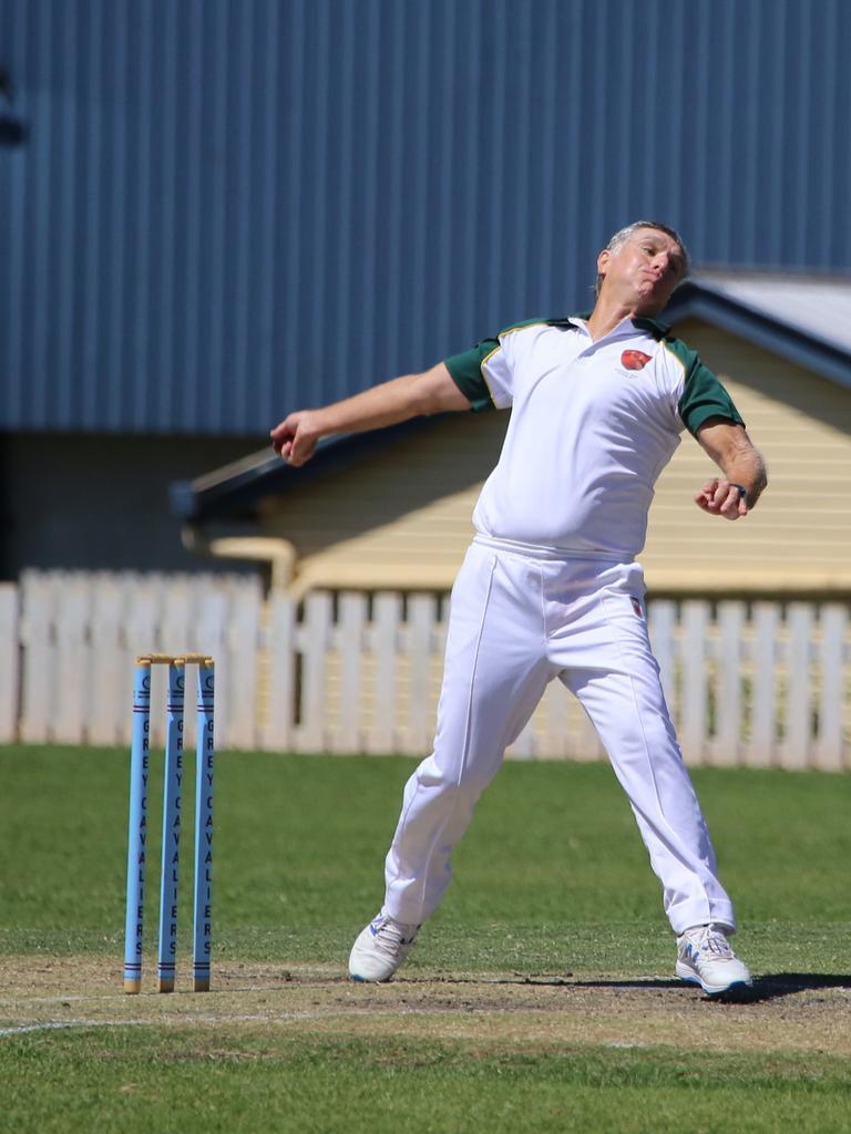 Lockyer/Ipswich bowler Glen Gotting