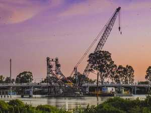 Should McFarlane bridge be replaced?