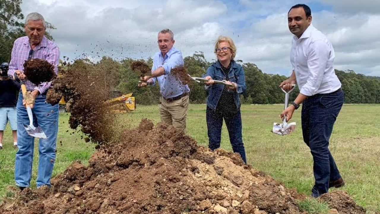 Alastair Milroy, Federal Member for Page Kevin Hogan, Coffs Harbour Mayor Denise Knight and State Member Gurmesh Singh turn the first sod on the $23.1m Woolgoolga Sports Complex.