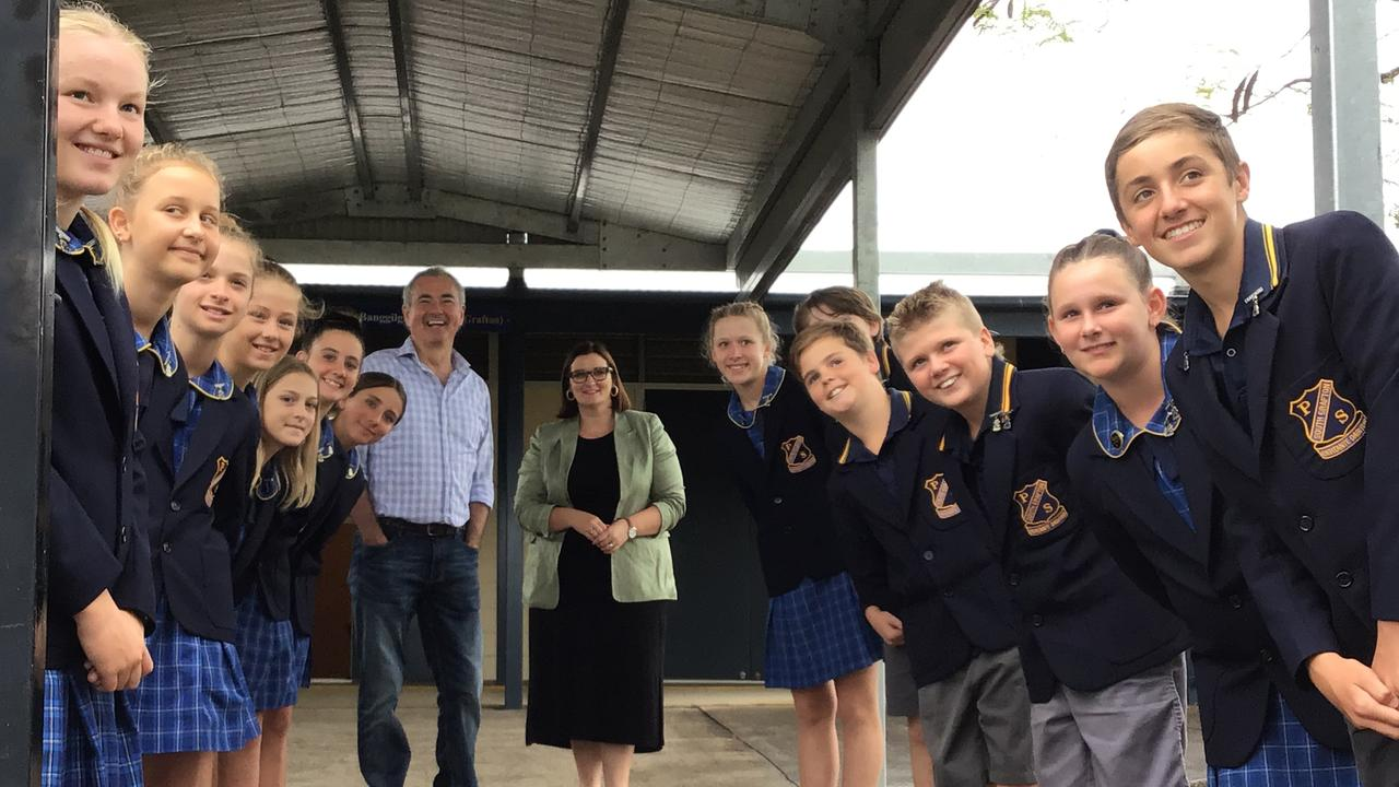 Clarence MP Chris Gulaptis and Education and Early Childhood Learning Minister Sarah Mitchell pay a visit to South Grafton Public School.