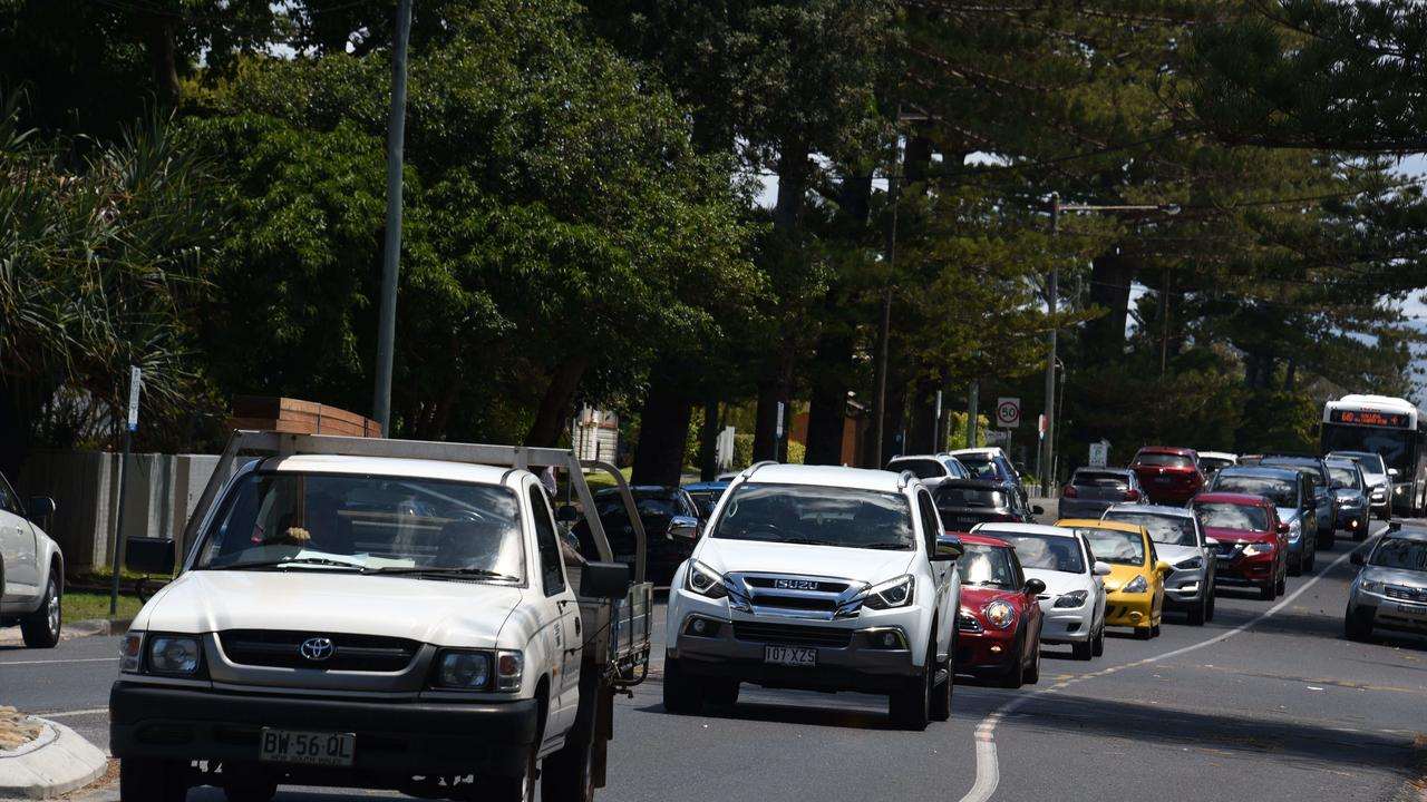 Long queues of traffic around Byron Bay on Monday. Picture: NCA NewsWire/Steve Holland