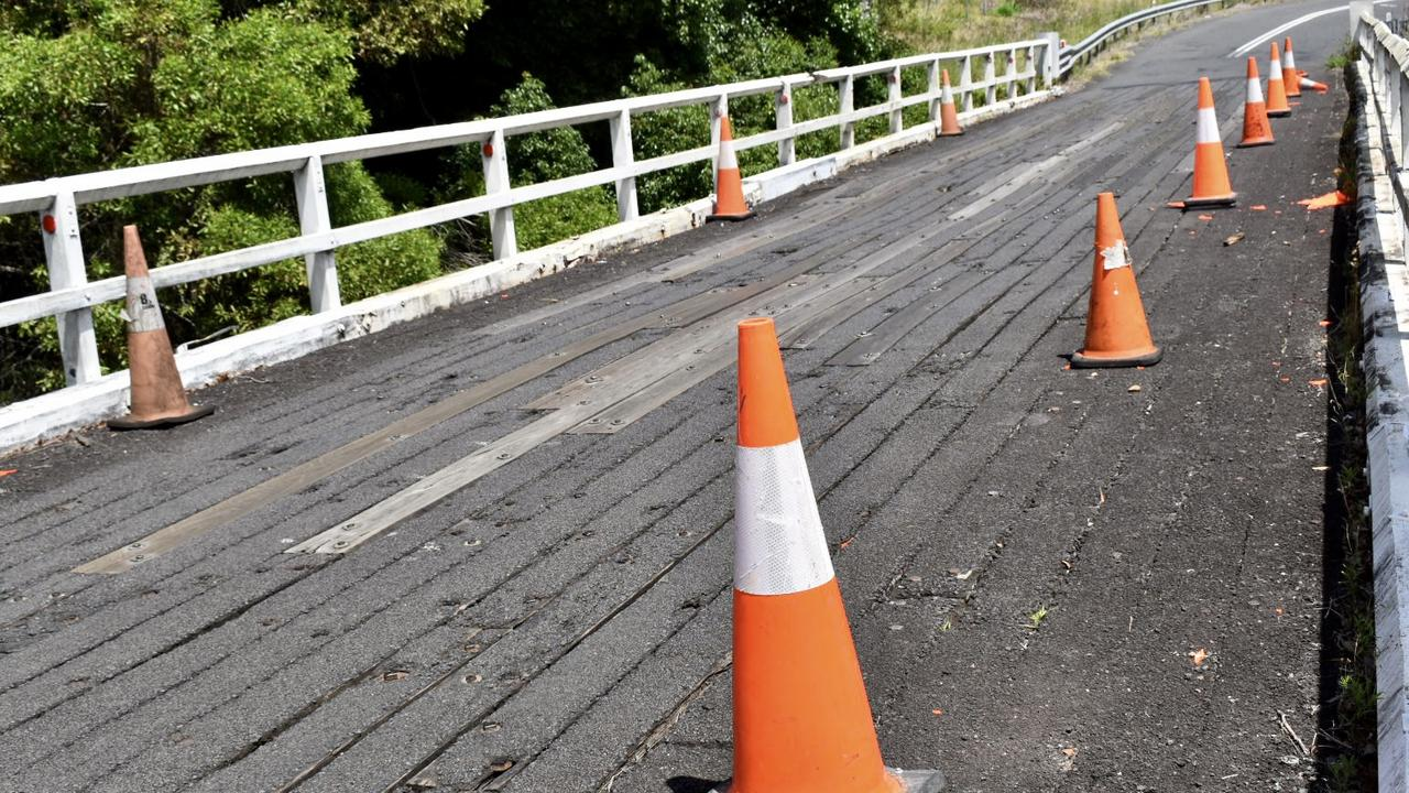Pearces Creek bridge, on Eltham Road, is on the boundary of the Ballina and Lismore local government areas, currently on a single-lane traffic arrangement.
