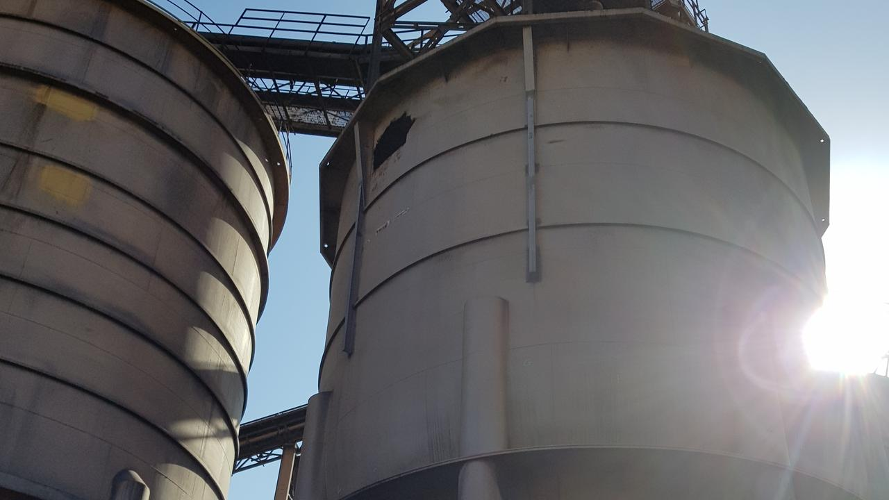 A coal storage silo at QAL was recommissioned in a $3.5 million project, over six months using up to 30 local contractors, which will prevent the spread of coal dust around Gladstone.