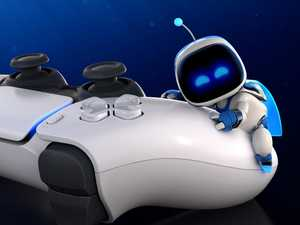 Xbox v PlayStation:  First reviews in gaming war