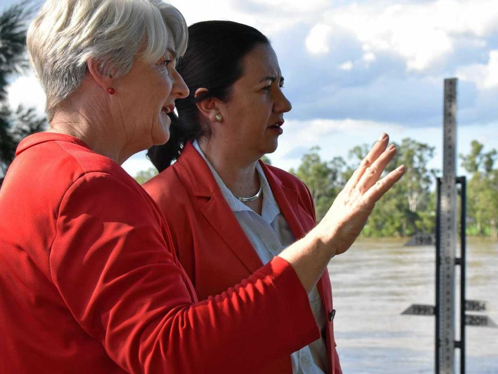 FLOOD PRONE: Rockhampton mayor Margaret Strelow and Queensland Premier Annastacia Palaszczuk stand next to the flood marker during the last major Fitzroy River flood event in 2017.