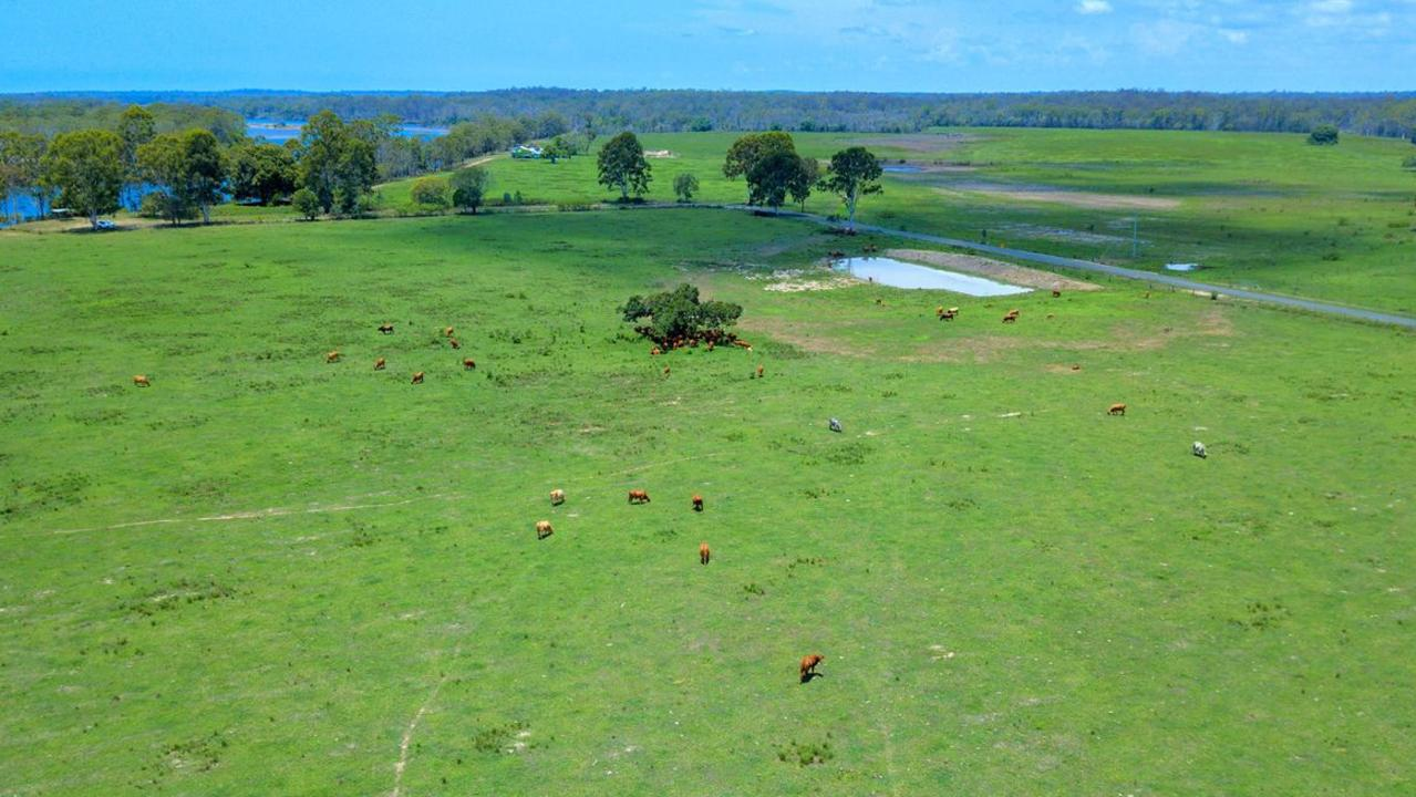 Ferry Road, Rosedale, Qld 4674