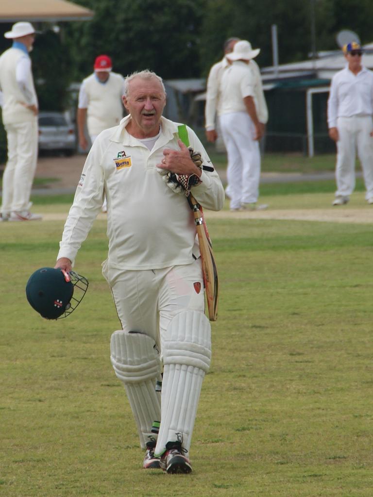 Lockyer/Ipswich over 60s batsman Bob Kratzmann featured in a valuable partnership opening the innings.