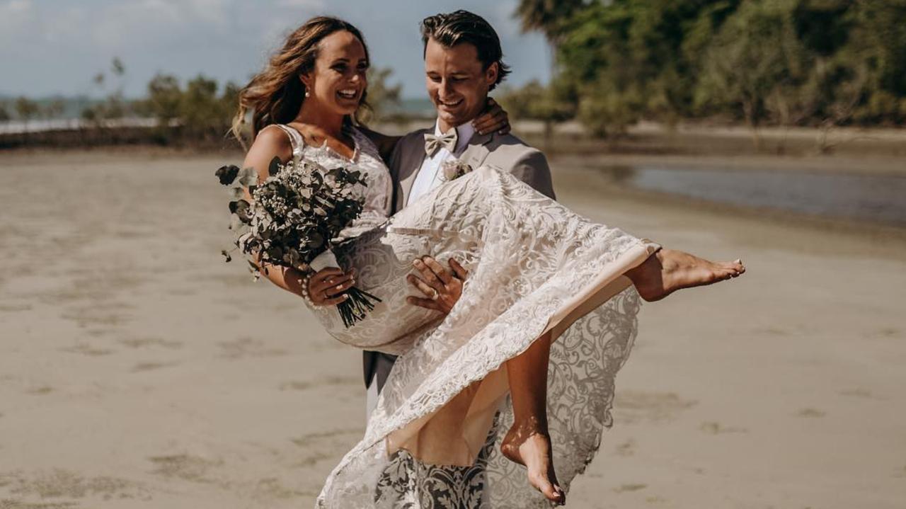 Jordan Mercer and Tim Matters wedding bells in Port Douglas.