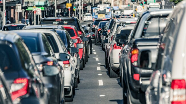 Traffic jam assists the driver within low-speed traffic, helping avoid rear-end collisions so typical of traffic jams.