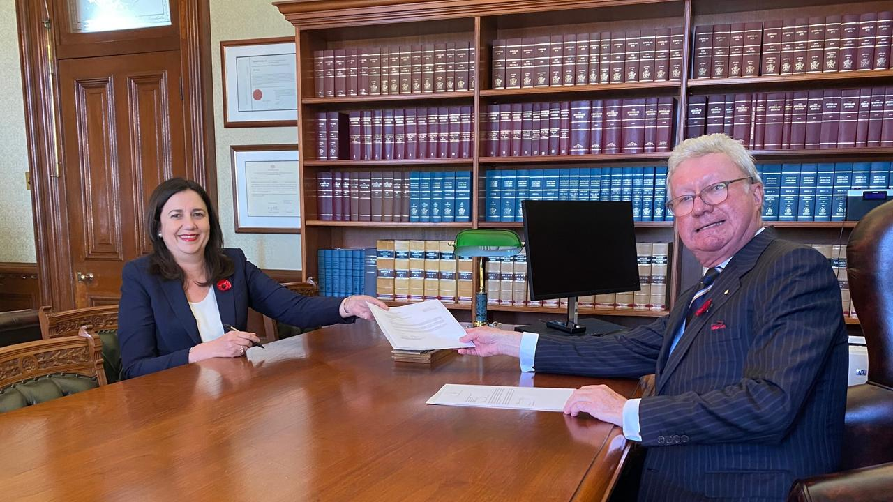 The Queensland Governor Paul de Jersey receiving Premier Annastacia Palaszczuk following the 31 October election.