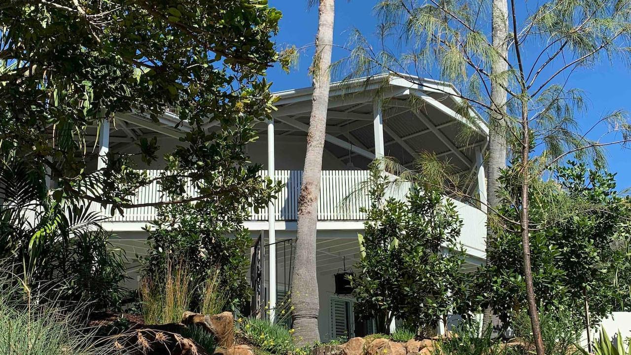 wategos beach house 1