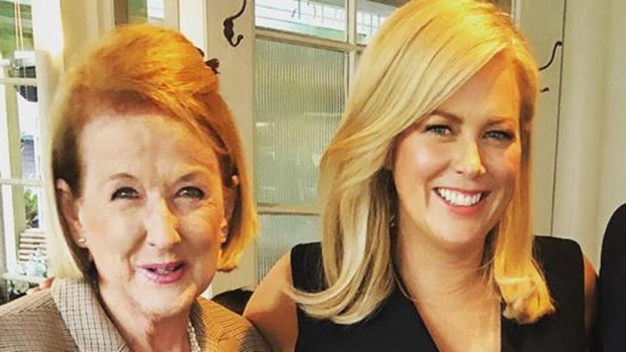Sunrise host Samantha Armytage broke down as she farewelled her mother this morning at an emotional funeral service following her death last week.