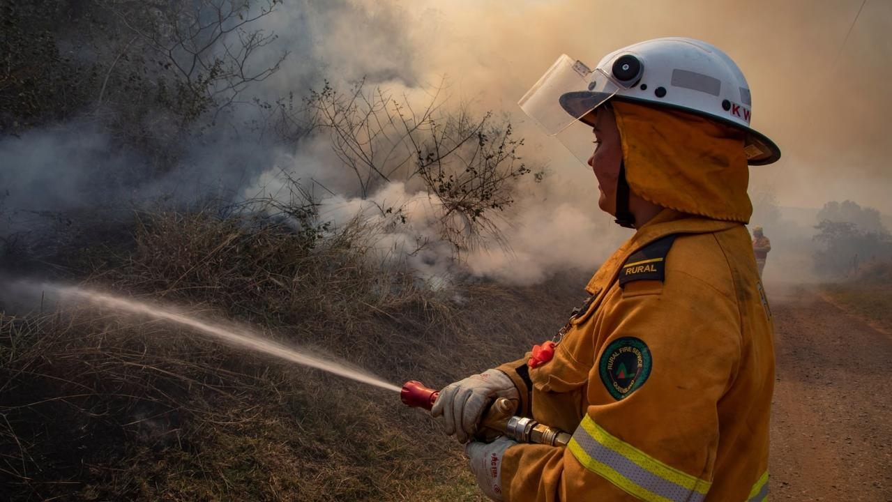 A bushfire burning in Wooroolin swapmland has flare up for a third time. File Photo.