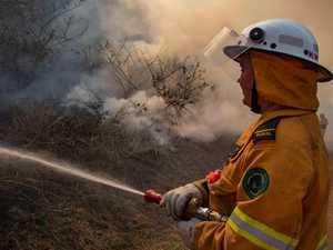 Firey's on scene at Wooroolin Wetland bushfire