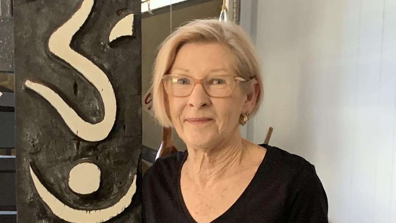 Karen Collyer, Finch Hatton: