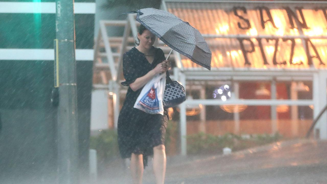 Southeast Queensland's recent heatwave is set to be stopped in its tracks by severe thunderstorms that could bring large hail and heavy rainfall to the region.