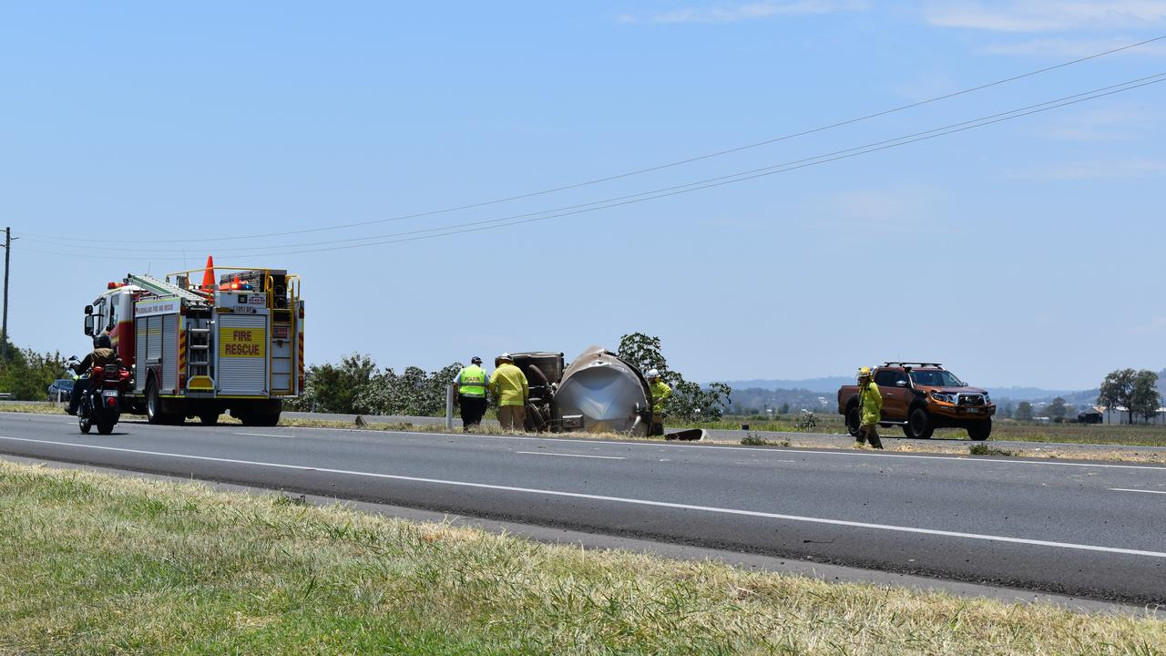 A truck lost its milk trailer on the Warrego Hwy at College View on Tuesday. Photo: Hugh Suffell