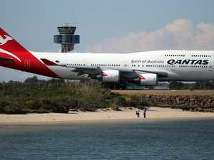 Calls surfacing to boycott Qantas over COVID vaccine mandate