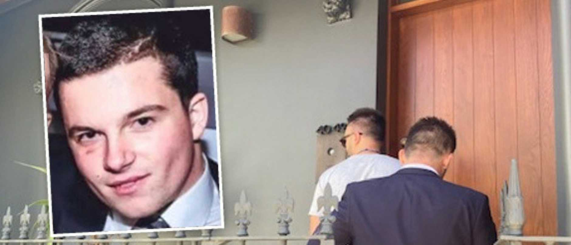 Police visit Hugo Ball in Paddington after Bellevue Hill stabbing