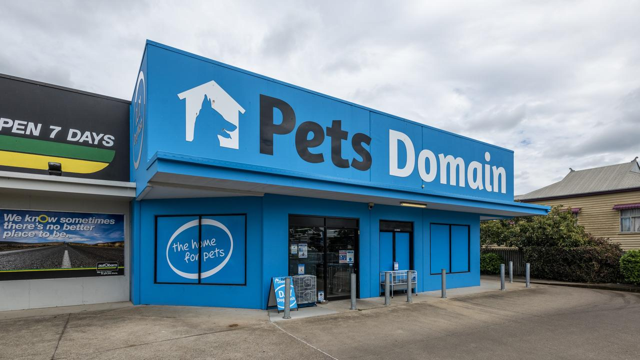 Situated in the heart of Maryborough's thriving retail hub, the first sale was a modern 506sqm building tenanted by national retailer Pets Domain, which was snapped up for $1,690,000 on a 5.9 per cent yield.