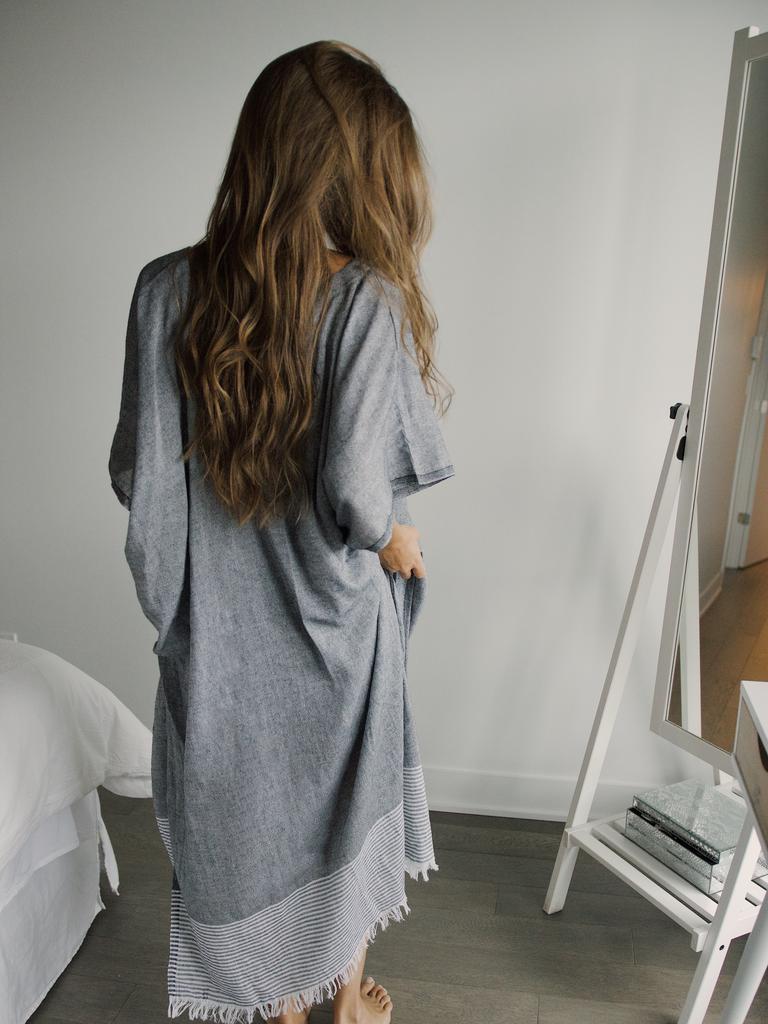 Vous ne pouvez pas mettre votre garde-robe en ordre sans un miroir pleine longueur Image: Matilde Langevin Unsplash