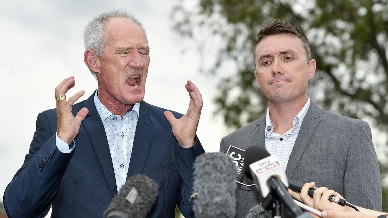 One Nation party officials Steve Dickson (left) and James Ashby. (AAP Image/Dave Hunt)