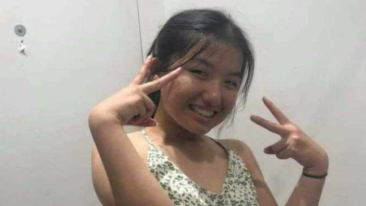 Police are appealing to the public for help locating a missing 16-year-old girl who was last seen at Springfield Lakes on Saturday.