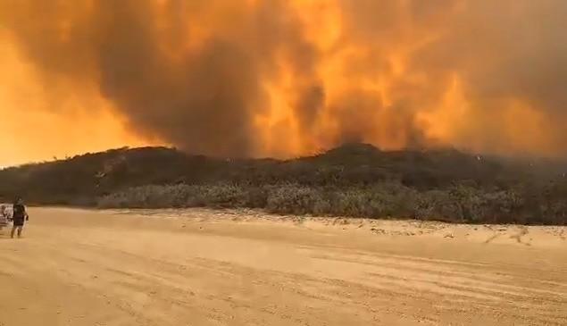 Fraser Island Bush Fire Monday November 30