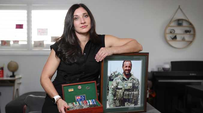 War widow's plea to keep SAS bravery medal