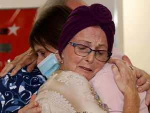 'This is everything': Sisters' emotional at airport reunion