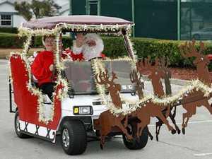 PUTTS 'N' PARS: Golfers get into the festive season
