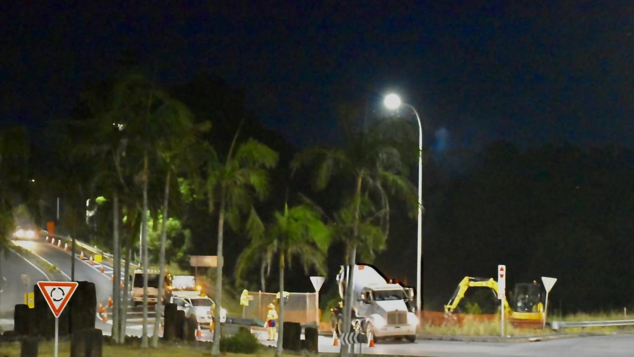 Transport for NSW is carrying out night works to install traffic control signals on the eastern roundabout of the Ewingsdale Road intersection. These night works are being carried out from November 25, between 6pm and 3am, weather permitting, and will take about five weeks to complete.