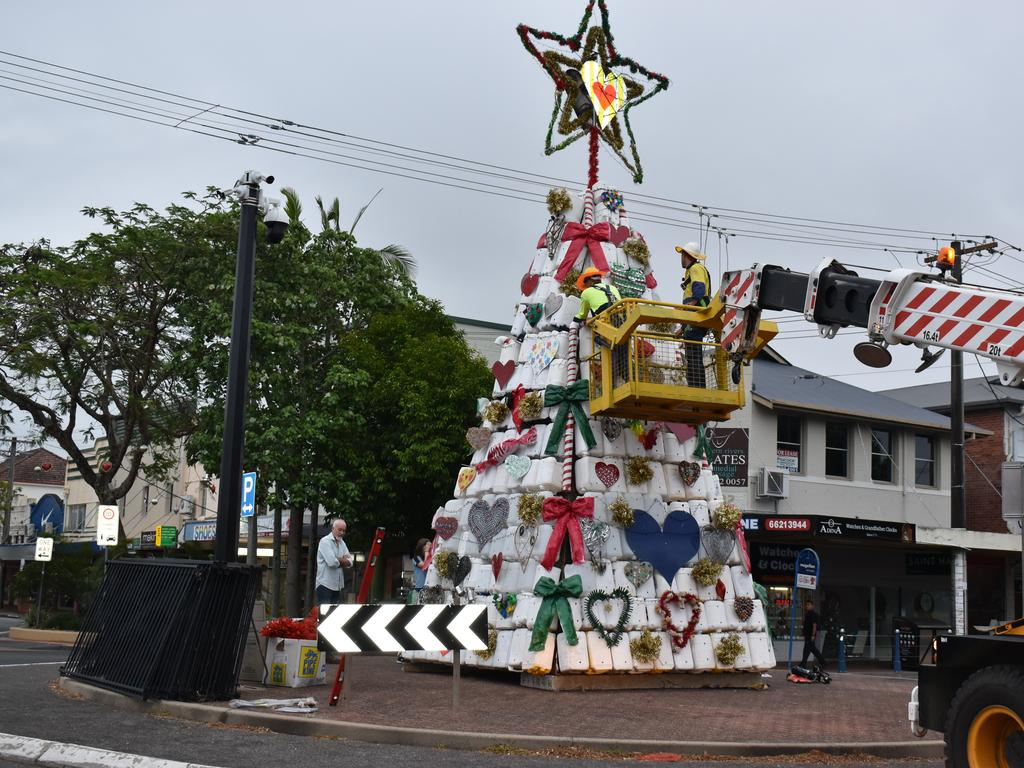 Photos of the 2020 Lismore Christmas Tree