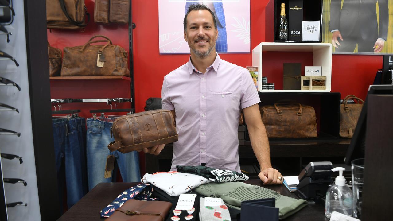 Cory Furber from Swarv Menswear shows us what's trending this Christmas shopping season