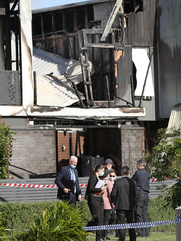 Detectives investigate a fatal fire in Point Cook. Picture: NCA NewsWire/David Crosling