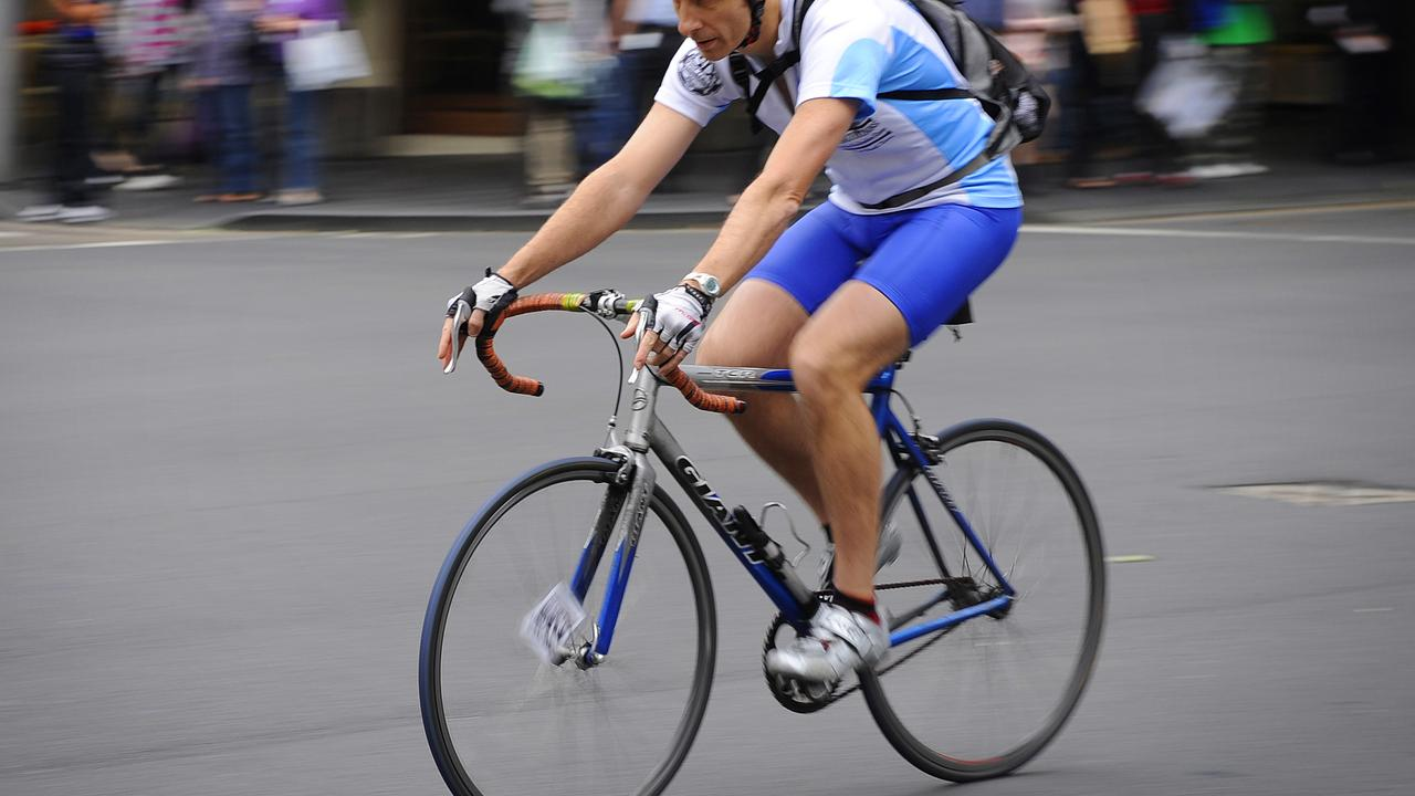 Hundreds of Qld cyclists caught speeding, using phones in 2019-20