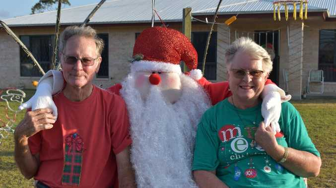 Couple's Christmas tradition brightens up community spirit