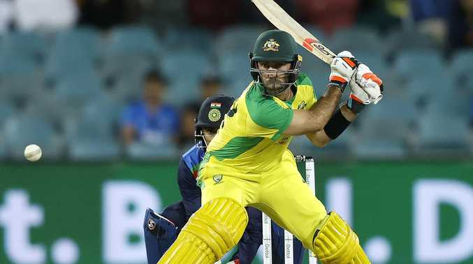 Maxwell takes swipe at switch-hit critics