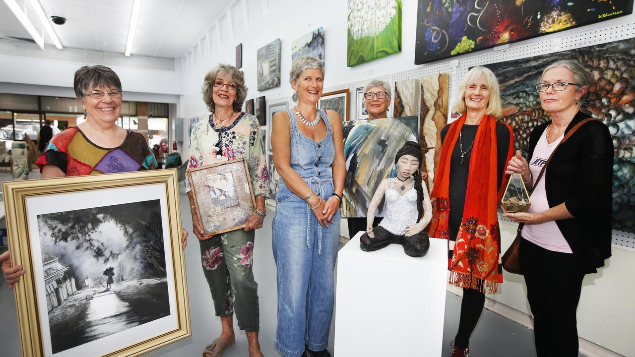 Heather McCelland, Carol Easton, Rachael Arkell, Di anna White, Di Johansson and Chris Mellor are part of the Murwillumbah Art Trail 2019.