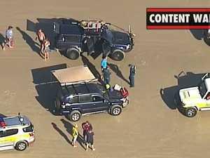 Two men drown in beach tragedy (9 News)