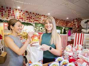 Last-minute Christmas shopping savings tips